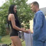 Casting sexe d'une jeune femme en chaleur